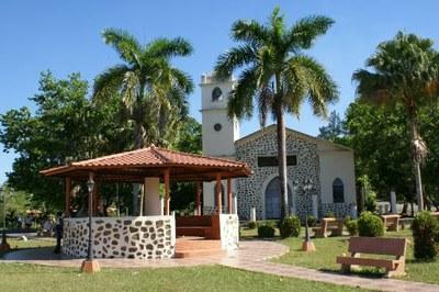 Boquete, Kirche im Kolonialstil - Wohnimmobilien zum Kauf oder zur Miete